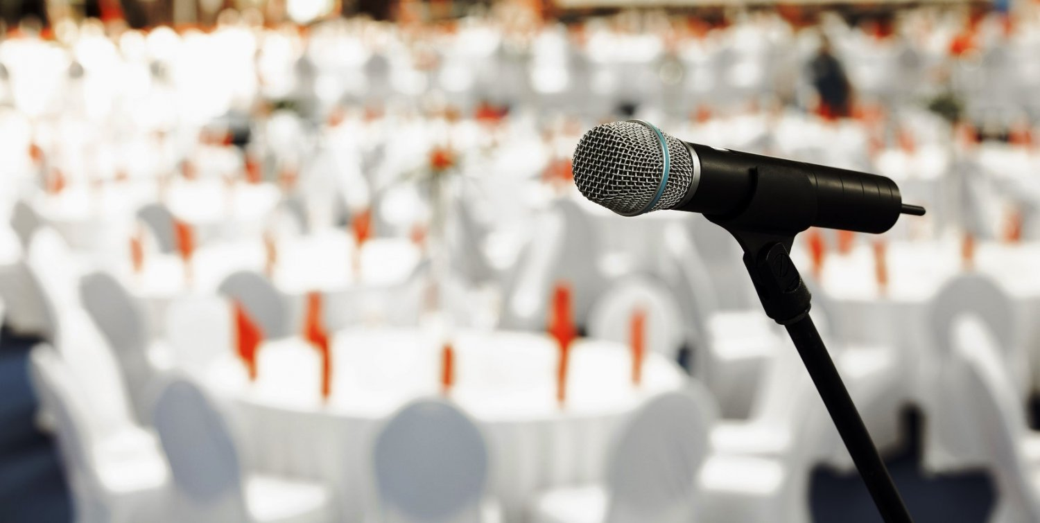 public-speaking-venue