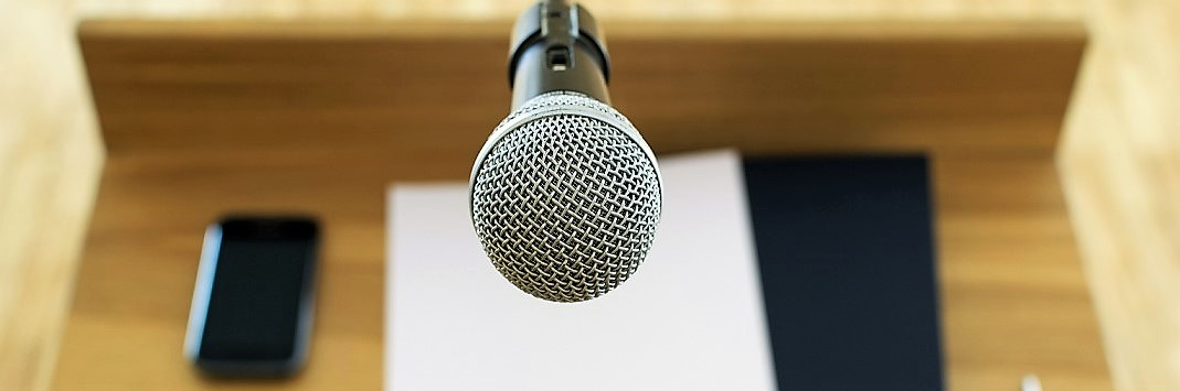 microphone-at-the-speech2